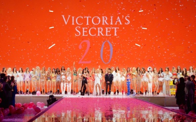 2015 Victoria's Secret Fashion Show