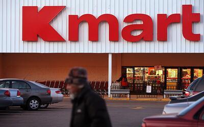 Sears Holdings, dueño de las cadenas Sears y Kmart, anunció el cierre de...