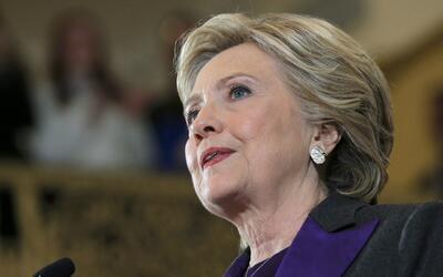 Expertos en seguridad cibernética recomiendan Hillary Clinton que solici...