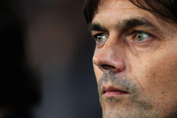 Era el debut de Cocu como entrenador de los holandeses, pero llegó el me...