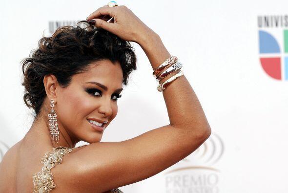 Así de bella la vimos en Premio Lo Nuestro 2009.