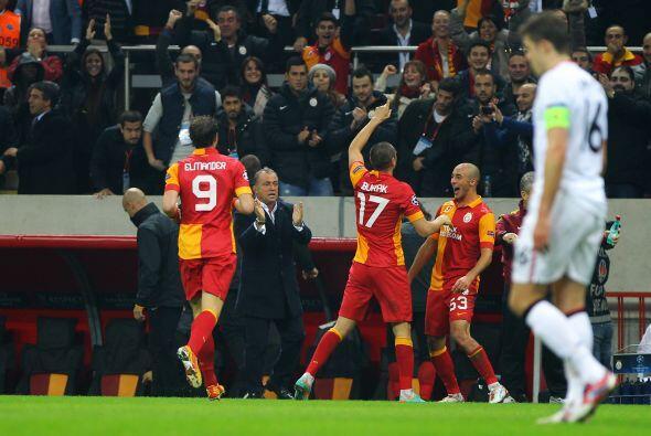 Aunque este resultado no afectaba a los ingleses, el equipo de Ferguson...
