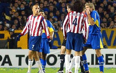 Cuando Chivas no se intimidó ante el gigante Boca Juniors