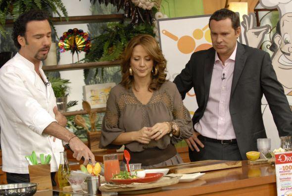 Para Andrea la cocina no es nada nuevo y en el show es la mano derecha d...