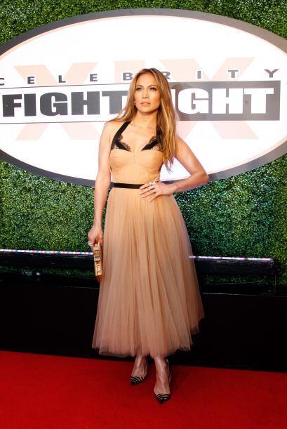 JLo quiso ser una bailarina y apostó por este vestido con tu-tu, el cual...