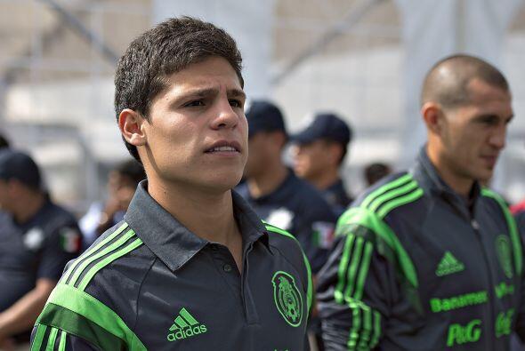 8.- 'Ponchito' un jugador de élite, con la élite.- Arturo...