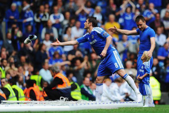 Con un empate final de 2-2, Chelsea se despidió de su afición, pues en l...