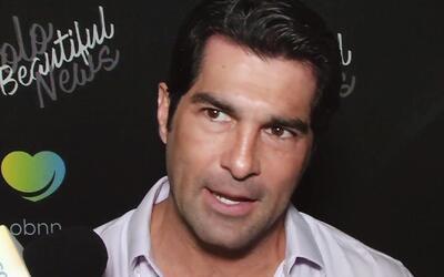 Fanáticas le envían videos eróticos a Arturo Carmona para enamorarlo