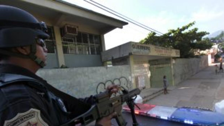 La Policía Preventiva del estado detuvo a dos de cuatro presuntos delinc...