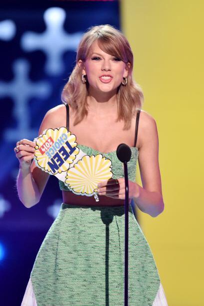 Taylor Swift anunciando al ganador