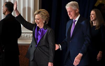 Para el reconocimiento del triunfo de Donald Trump, Hillary Clinton us&o...