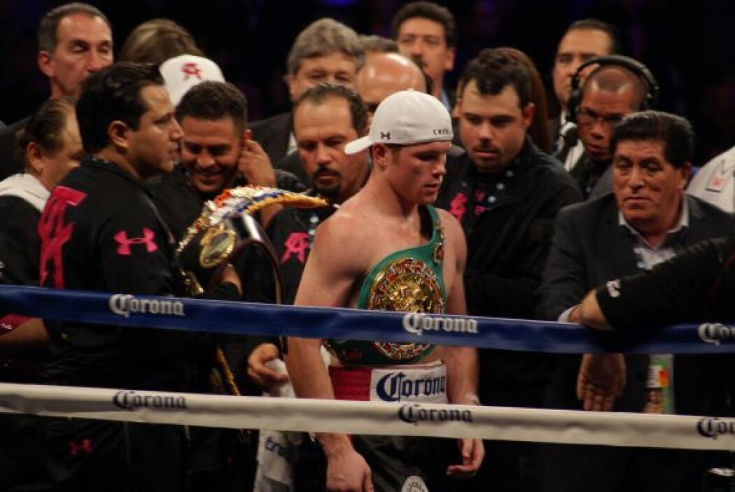 San Antonio gozó con una gran noche de boxeo y 'Canelo' disipó todas las...