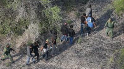 México y Estados Unidos tienen una larga frontera común, que alarga tamb...