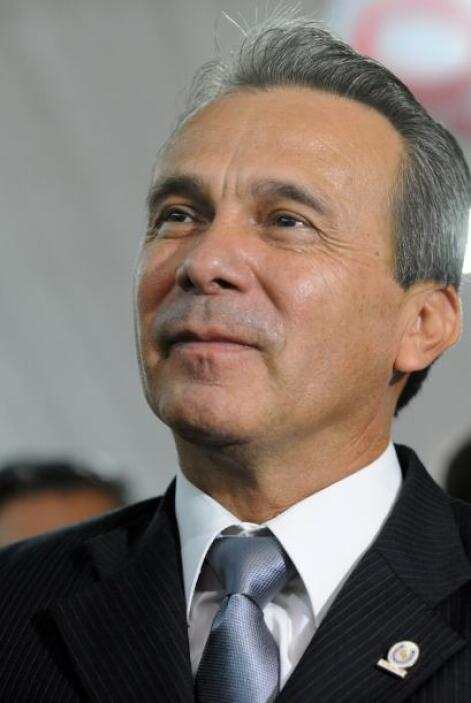 Lino César Oviedo, ex general Paraguay  También se refugió en Brasil el...