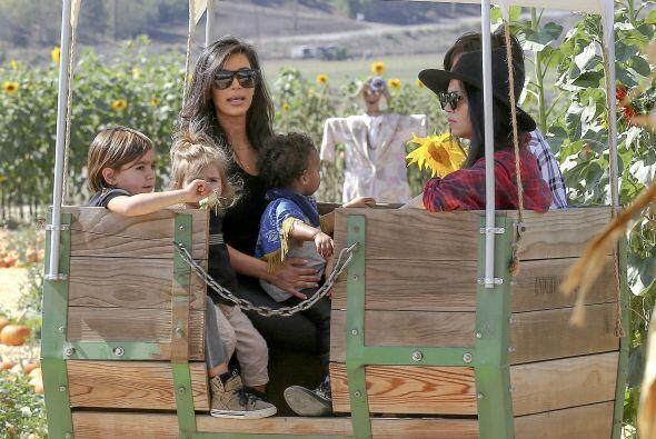 Kourtney dejó que su hermana se hiciera cargo de los niños...