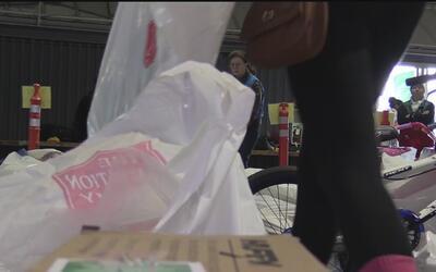 Familias de escasos recursos recibieron un regalo de esperanza