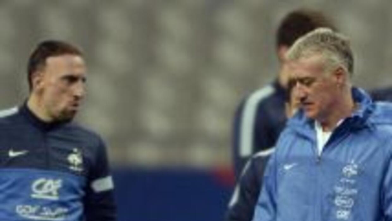 El técnico de la selección francesa es partidario de que su dirigido sea...