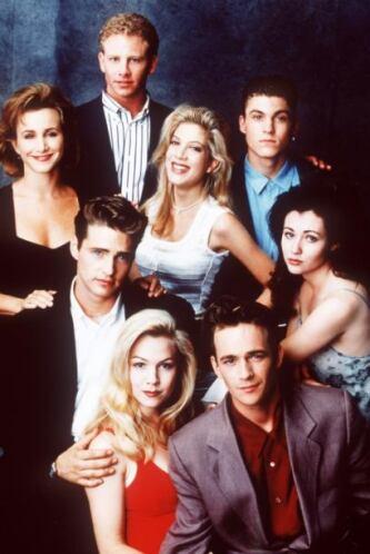 El elenco entero durante la segunda temporada, cuando obtenían millones...