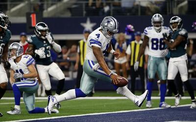 Dallas remonta y vence a Philadelphia en tiempo extra