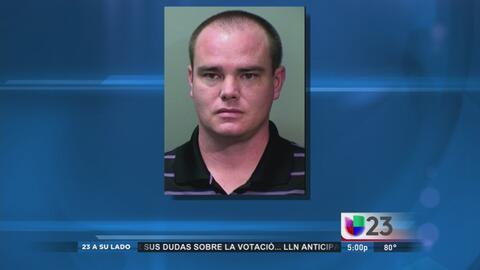 Maestro mató a tiros a dos de sus vecinos en Fort Worth