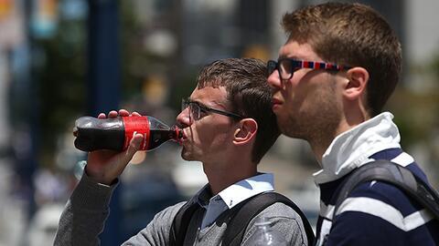California: intensifican campaña contra el consumo de bebidas azucaradas
