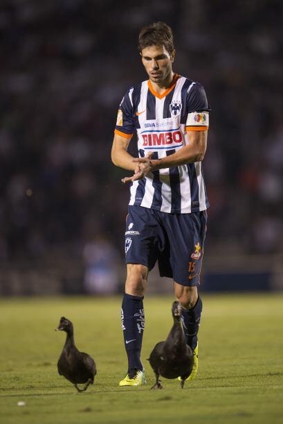José María Basanta  País de Origen: Argentina  Equipo: Monterrey  El def...