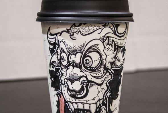 Estas tazas se comercializan, no sólo es hacer arte por hacerlo.