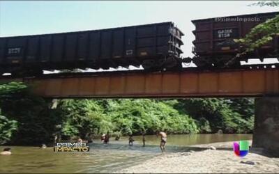 Se descarriló 'la bestia' en México con más de mil migrantes abordo