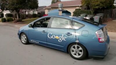 Google probó con éxito su auto-robot