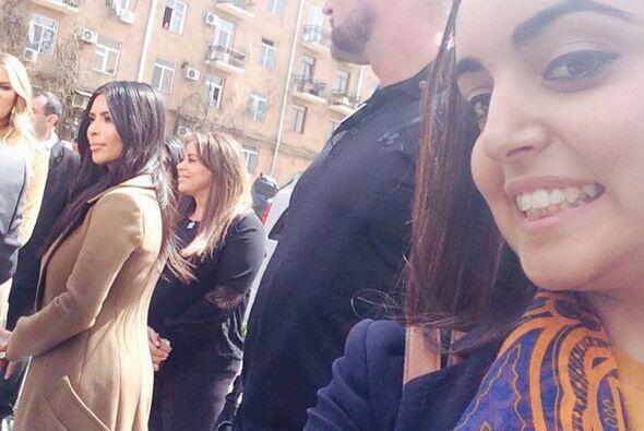 Los fans han logrado tomar algunas imágenes de las Kardashian de paseo p...