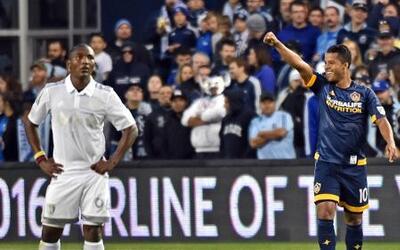 Giovani dos Santos volvió a marcar y le dio el empate al Galaxy ante Spo...