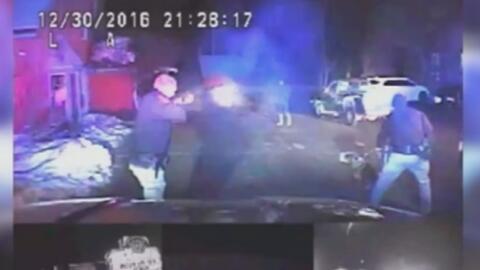 Ni el disparo de una pistola eléctrica detiene a un presunto delincuente...