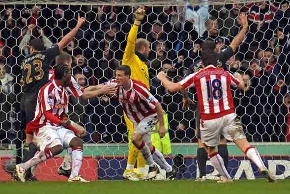 Pero a un minuto para el final el Stoke dejó el encuentro igualado con u...
