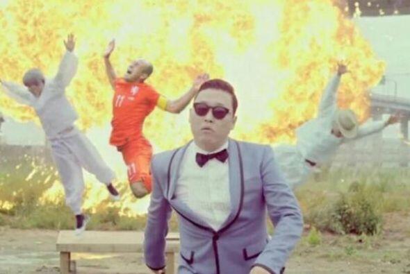 """Robben muy """"Gangnam Style"""". Todo sobre el Mundial de Brasil 2014."""