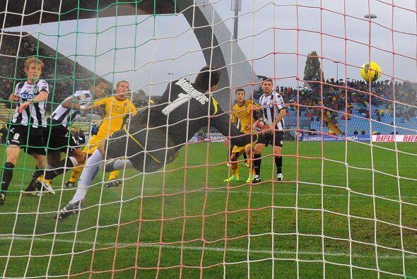 Prácticamente Udinese salió con un gol de 'vestidor' ya qu...