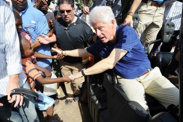 Alrededor del 30 por ciento de los $10,000 millones prometidos a Hait&ia...
