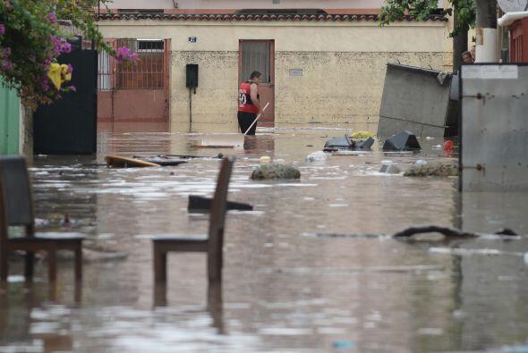 El alcalde de Rio, Eduardo Paes, pidió a las personas que no salieran de...