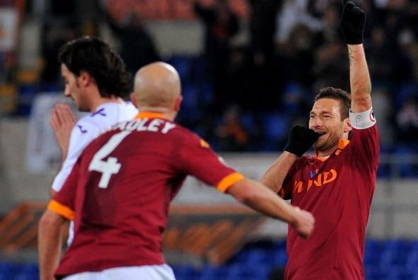 Totti hizo dos anotaciones y fue imparable en la victoria del 'cuadro de...