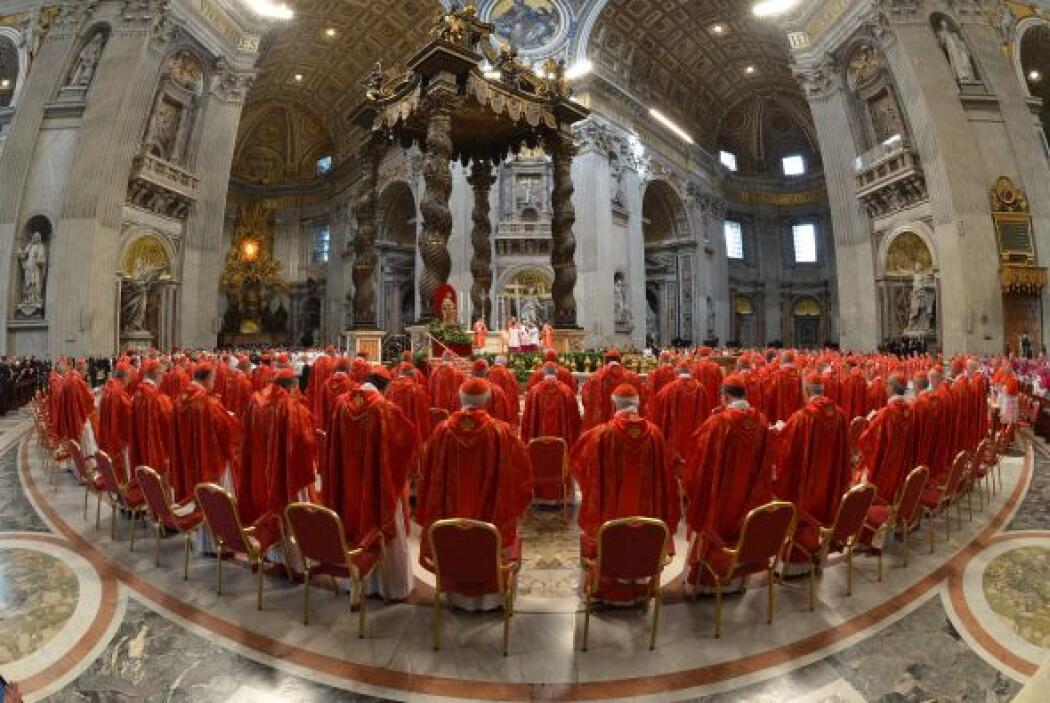 """Angelo Sodano pidió a Dios """"otro Buen Pastor"""", de """"corazón generoso"""", qu..."""