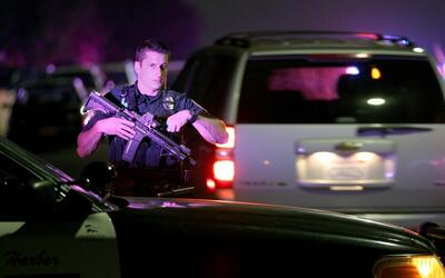 Un policía muere y otro resulta herido tras una balacera en San Diego