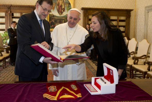 También recibió la visita del presidente del Gobierno espa...