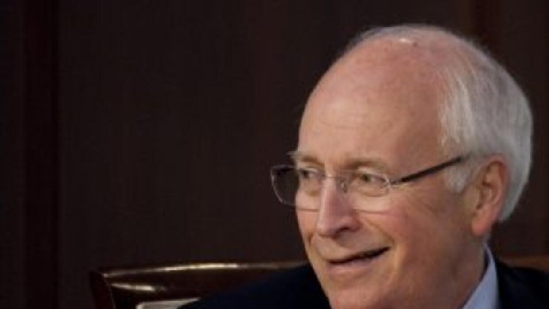 El ex vicepresidente estadounidense Dick Cheney fue dado de alta tras ha...