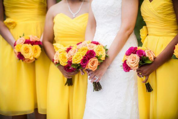 Si aún estás buscando inspiración para tu boda en primavera, mira alguna...