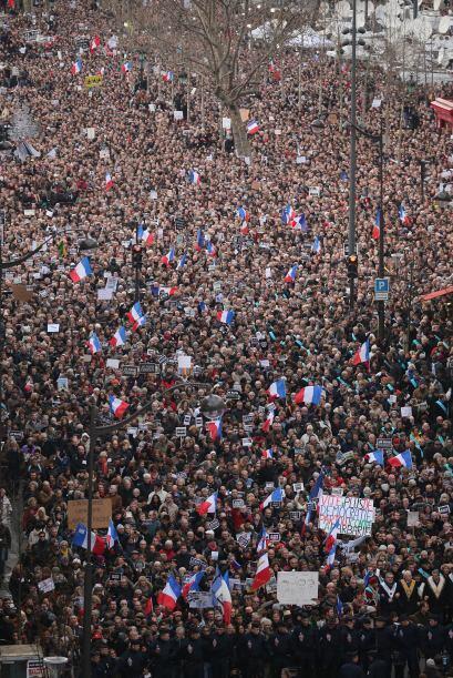 La manifestación comenzó alrededor de las 15:30, tiempo local, por una l...