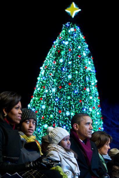 La tradición de encender el Arbol Nacional de Navidad se remonta...