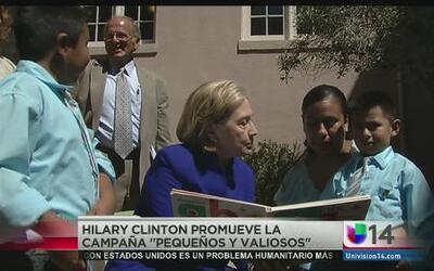 Hillary Clinton visita hospital infantil de Oakland