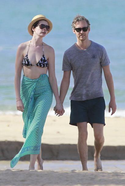 """Anne Hathaway está """"hasta las manitas"""" de amor de su ma..."""
