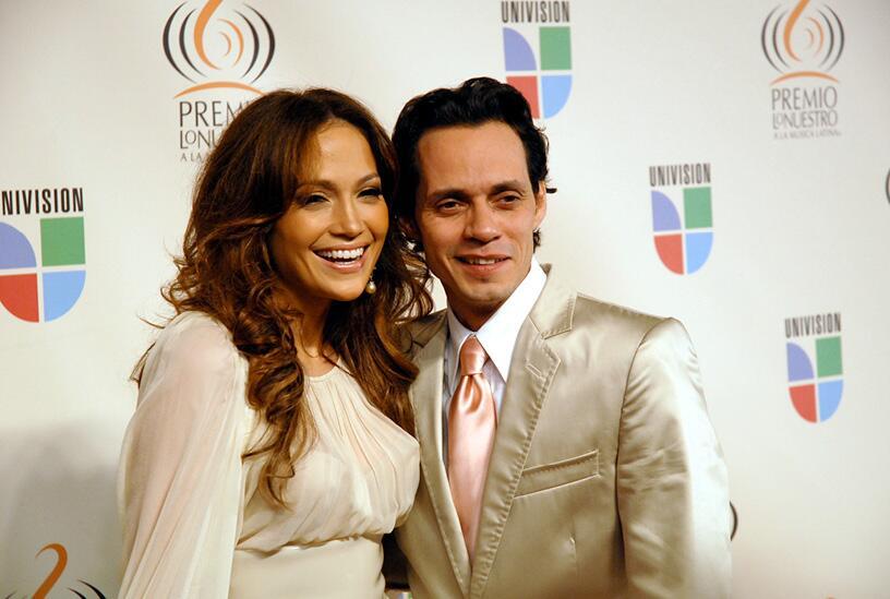Nelly Furtado revela que se separó de su esposo el verano pasado anglosa...