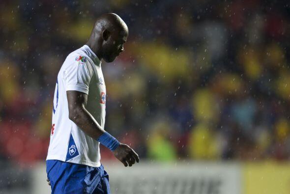 De mantenerse con Cruz Azul, el camerunés Achille Emaná te...