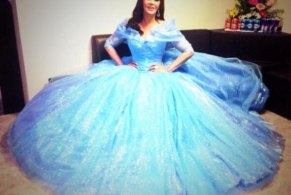 La actriz y cantante Lucía Méndez decidió transformarse en toda una prin...